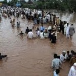 flood effected people moving to safer areas